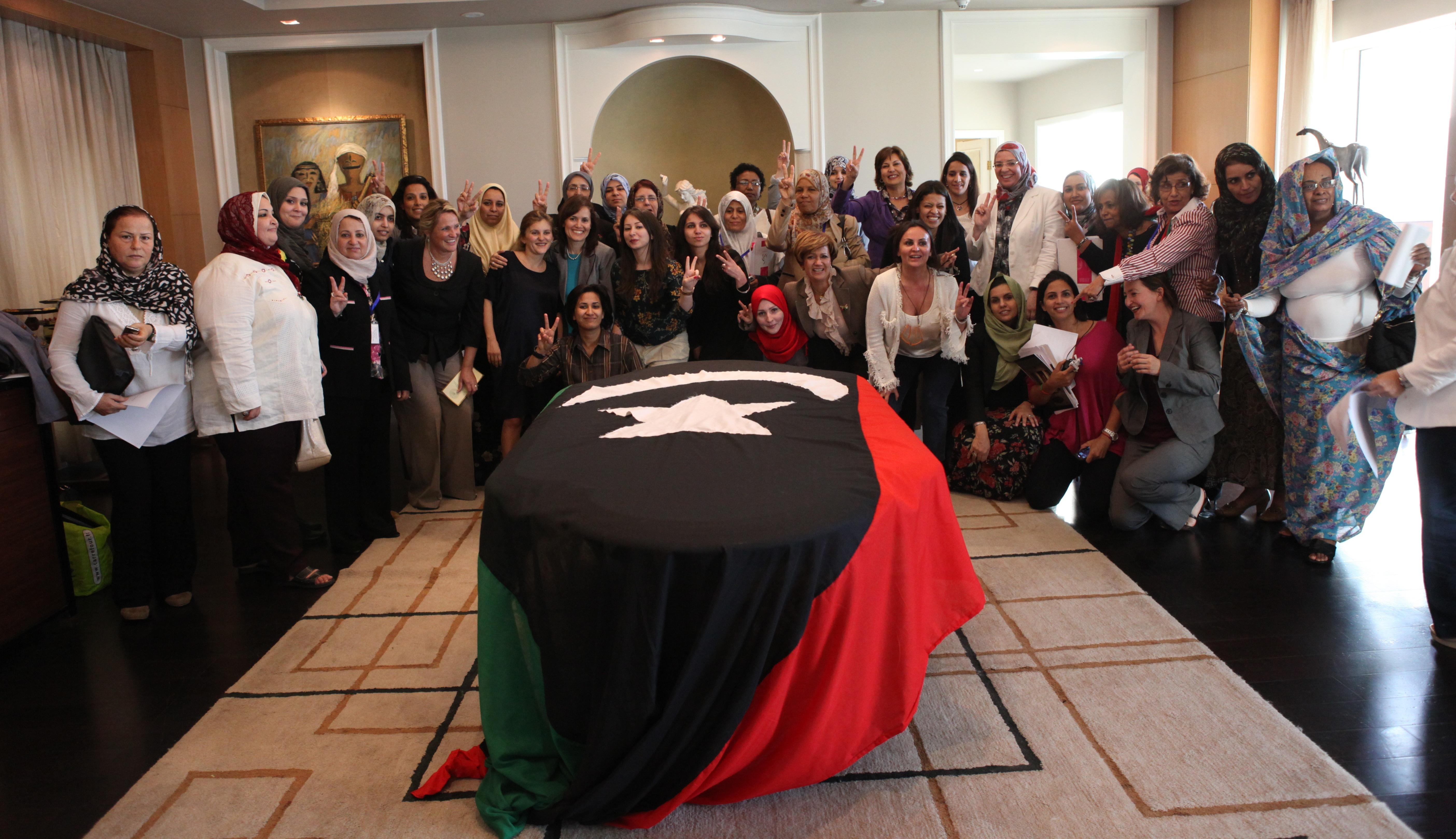 الحركات النسائية في بلدان الربيع العربي: الثورات العربية نقطة تحول في مسار الحركة الحقوقية النسوية