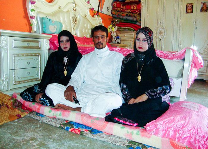 أبغض الحلال تعدد الزوجات لماذا بقي تعدد الزوجات حكرا على العرب تقريبا Qantara De